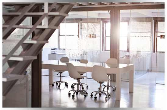 Clean meeting room in Mississauga commercial building
